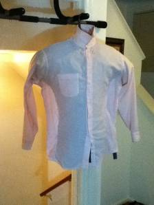 (Photo of shirt pinned on both sides)